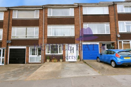 Mayfield Gardens, Brentwood £390,000